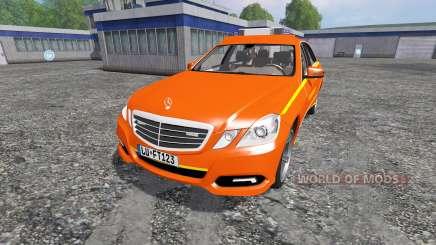 Mercedes-Benz E63 (W212) [feuerwehr] para Farming Simulator 2015