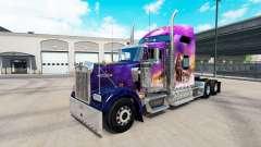 La piel Valerie en el camión Kenworth W900