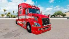 La piel Roja de la Fantasía en el camión Volvo V