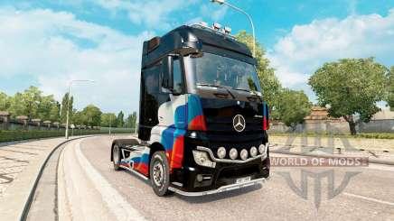 Pieles de la bandera rusa en el Mercedes-Benz Actros MP4 para Euro Truck Simulator 2